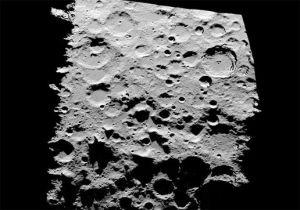 Съемка южного полюса луны в солнечном освещении мс использованием топографии высокого разрешения. Владелец изображения: NASA (кликните картинку для увеличения)