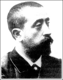 Жиль де ла Туретт - французский врач, описавший синдром, который характеризуется тикоидными подергиваниями мышц тела, импульсивностью и склонностью к выкрикиванию бранных слов.