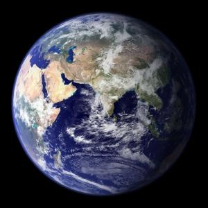 Третья планета Солнечной Системы - Земля (Фотография НАСА) (кликните картинку для увеличения)