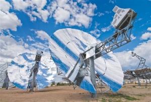 Генерирующие модули SES (Фотография Stirling Energy Systems) (кликните картинку для увеличения)