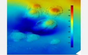 На высокоточном батиметрическом снимке изображены потухшие асфальтные вулканы на дне моря калифорнийского побережья в США. (кликните картинку для увеличения)