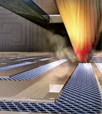 На рисунке изображено, как под воздействием высокой температуры оксид селективно восстанавливается до графена