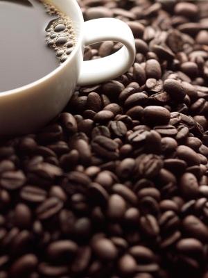 Кофе – напиток, получаемый из зёрен кофейного дерева, как правило, оказывающий стимулирующее действие благодаря содержанию в нём кофеина. (кликните картинку для увеличения)