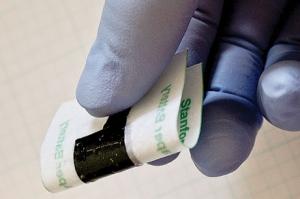 Ультратонкая литий-ионная батарея на бумажной основе (кликните картинку для увеличения)