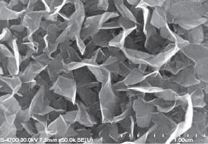 Массив вертикально-ориентированных графеновых электродов нового