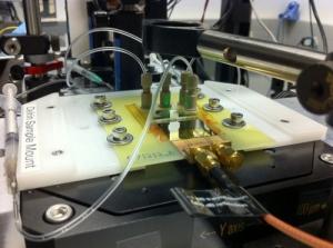 Установка, использованная учеными для проведения измерений. (кликните картинку для увеличения)