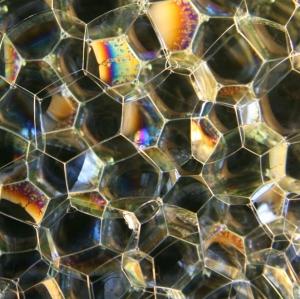Изображение исследовавшейся пены под микроскопом. (кликните картинку для увеличения)
